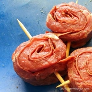 """Beef tournedos - Slice rolled meat 1"""" thick. - thatrecipe.com"""